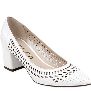 Unisa white laser cut heels 8.5 NEW in box